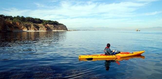 Fodo de Ruta guiada amb kayak des de L'Escala