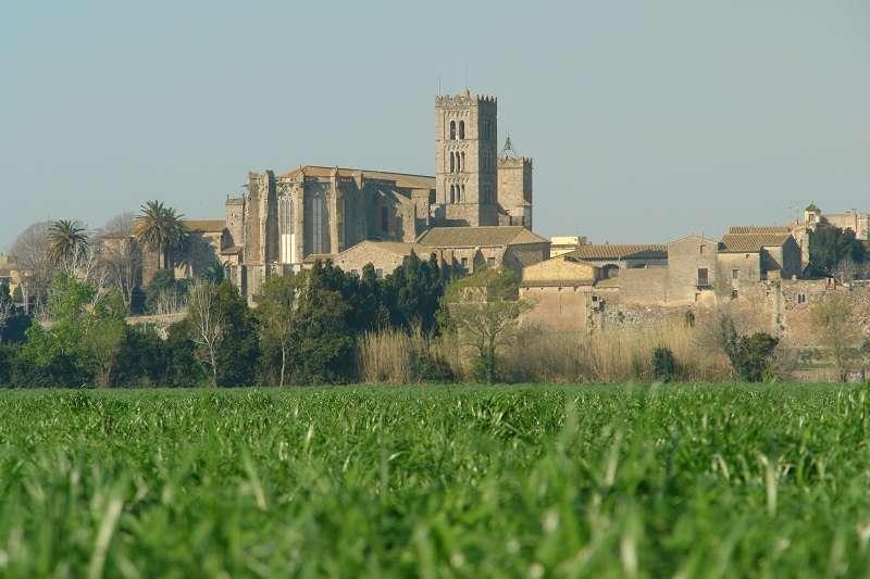 Ruta en bicicleta eléctrica: Roses, PN Aiguamolls de l'Empordà & Castelló d'Empúries<br /><strong>Salida a las 09.30h <strong class='extra_info_articulo'>- desde 35.00 €  </strong></strong>