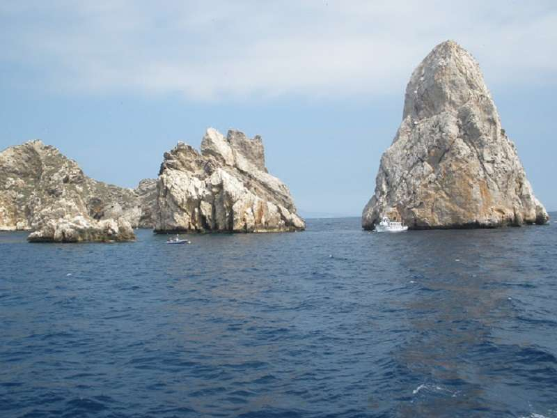 Photo of [subject] Roses - Medes Islands by catamaran